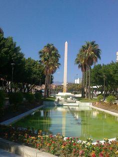 Almería, la joya escondida - Descrubra los rincones llenos de encanto, la chica tímida, hermosa - Almería te espera.