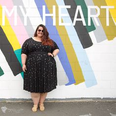 679936280a49 New Zealand plus size blogger Meagan Kerr wears 17 Sundays Arrow Print  Dress Big Girl Clothes