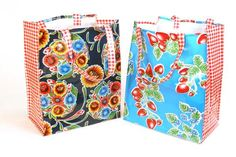 Do it Yourself Market Bag Perfect for gift giving, hostess gift! Kit includes: Pattern, Instructions, Assorted Coordinating Oilcloth Fabric to make your own Market bag!