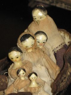RARE Antique Peg Wooden Dolls in A Shoe Mother and 5 Children | eBay