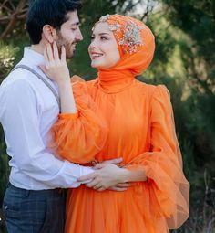 Quinceanera Photography, Indian Wedding Photography Poses, Wedding Poses, Wedding Photoshoot, Wedding Couples, Hijabi Wedding, Muslim Wedding Dresses, Hijab Evening Dress, Hijab Dress Party