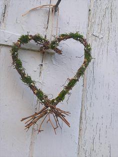 Moss Vine Heart Wreath, rustic wedding, wedding decoration, natural wreath, dried flowers, country wedding, woodland wedding, home decor by BellaPoppyFlowerArt on Etsy