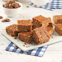 Barres croustillantes au riz soufflé et chocolat - 5 ingredients 15 minutes Barres Dessert, Bake Sale, Banana Bread, Picnic, Homemade, Snacks, Cookies, Baking, Magazines