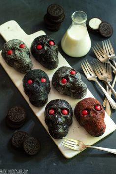 Cho. oreo skull cakes