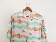 Vintage Retro 1960's 70s Groovy Women's Button up Blouse Chevron Butterfly Print Small Long Sleeve Shirt Hippie Boho Hipster Pointy Collar