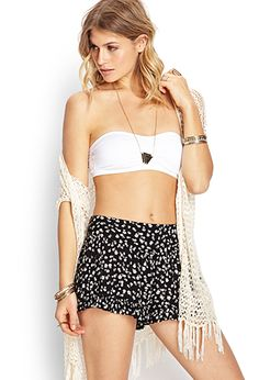 Forever 21 is the authority on fashion & the go-to retailer for the latest trends, styles & the hottest deals. Shop dresses, tops, tees, leggings & more! Flowy Shorts, Boho Shorts, Forever 21, My Style, Clothes, Women, Fashion, Pants, Outfits