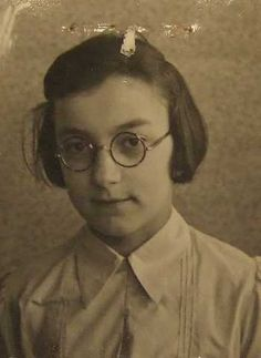 """Cilli, the girl who wrote a note """"We are gone"""". She and her family were deported from Westerbork Judendurchgangslager, in the Netherlands."""