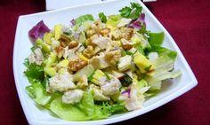 Lehký, svěží a zdravý salát s kuřecím masem a avokádem. Tasty, Yummy Food, Vegetable Salad, Food Design, Food Photo, Potato Salad, Healthy Life, Catering, Cabbage