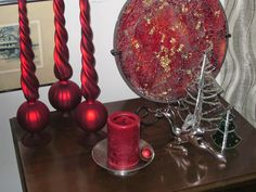 Candle Holders, Christmas Decorations, Candles, Holiday, Design, Candlesticks, Vacations, Christmas Decor, Holidays