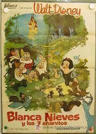 Blancanieves y los 7 enanitos. Primer largometraje de Walt Disney. Cuento de los Hermanos Grimm llevado a la gran pantalla de una forma tierna y divertida. Todo un clásico y esencial para cualquier fan de los dibujos animados.