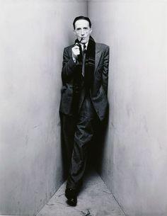 Marcel Duchamp by Irving Penn. Tremenda foto. Pero tremendo hombre. Inteligencia sin igual.