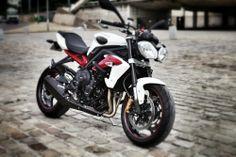 Triumph Street Triple R ABS 2013