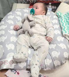 Baby Momma, Cute Baby Boy, Cute Little Baby, Cute Babies, Baby Kids, Cute Kids Pics, Cute Baby Videos, Cute Baby Pictures, Baby Boy Newborn
