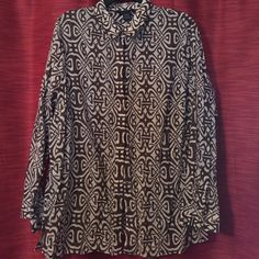 Tribal print blouse Lightweight material. No size tag but I'm summing it's an xl or 12/14 because it fits me loosely. Like new Jones New York Tops Button Down Shirts