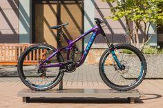 This is not a DH bike. It's a park bike. Or a Rampage bike. At least under Brandon Semenuk it is. Trek Bikes, Cycling Bikes, Cycling Art, Cycling Jerseys, Mt Bike, Road Bike, Trek Mtb, Best Mtb, Montain Bike