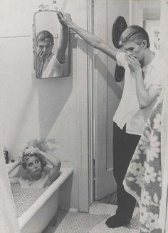 Photo-montage par David Bowie tiré des photos du film « The Man Who Fell to Earth », 1975-6.