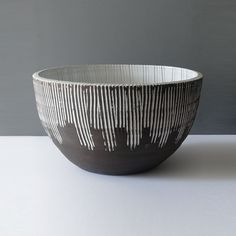 Monumental Sgraffito Black White Centerpiece Bowl: If you need a contemporary statement centerpiece bowl, this is it. It stands 9 inches tall and is 15 in Ceramic Decor, Ceramic Design, Ceramic Bowls, Ceramic Art, Slab Pottery, Ceramic Pottery, White Centerpiece, Centerpieces, Sculpture Clay