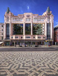 Restauradores Square - the former Eden Theatre, Lisboa #Portugal