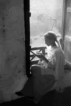 """ Frank Horvat :: Young woman, Lahore, Pakistan, 1952 / """
