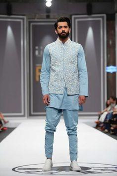 Deepak and Fahad : Pakistan Fashion Week Winter Festive 2016 - Karachista Indian Men Fashion, Mens Fashion Suits, Latest Looks For Men, Gents Kurta Design, Pakistan Fashion Week, Sherwani Groom, Indian Groom Wear, Western Suits, Wedding Dress Men