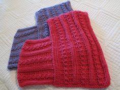 Little Girl's Loom Knitted Ponchos | DIY Maven