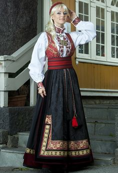Traditional Fashion, Traditional Dresses, Norwegian Clothing, Costume Ethnique, Folklore, Scandinavian Fashion, Spring Outfits Women, Attractive Girls, Folk Costume