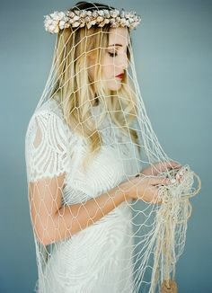 Lovely and different idea for wedding veil for a seaside wedding