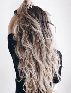 10 Delicate Spring Hair Color For Brunettes Balayage Have A Look! Messy Hairstyles, Pretty Hairstyles, Coiffure Hair, Hair Color Balayage, Blonde Balayage, Hair Day, Hair Looks, Her Hair, Hair Inspiration