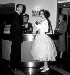 """33-314 Audrey Hepburn """"My Fair Lady"""" 1964 Warner Bros."""
