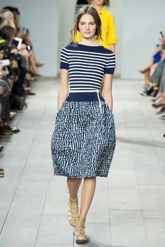 Michael Kors Spring 2015 RTW – Runway – Vogue. Love the stripe knit top and knee length skirt. Works well together