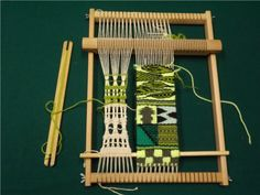 it admin upload laboratori Weaving Textiles, Weaving Patterns, Tapestry Weaving, Inkle Weaving, Bead Weaving, Swedish Weaving, Yarn Thread, Weaving Projects, Woven Wall Hanging