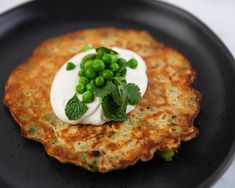 Kale and pea socca with yoghurt tahini dressing Gluten Free Pumpkin, Gluten Free Baking, Gluten Free Recipes, Vegetarian Nuggets, Egg And Bacon Pie, Sauce Recipes, Cooking Recipes, Peanut Butter Sauce, Sbs Food