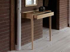 SCP Agnes Console with Drawer