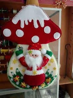- Her Crochet Felt Christmas Decorations, Christmas Wreaths, Christmas Crafts, Diy And Crafts, Crafts For Kids, Paper Crafts, Paper Toys, Cotton Candy Slime, Halloween Clay