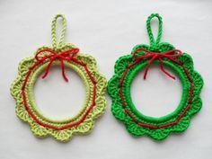 PDF PATTERN  small crochet Christmas Wreaths UK Terminology by YellowSherbet, £2.00
