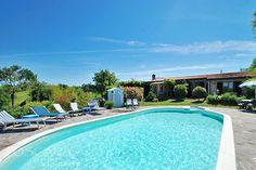 Villa Renata ist ein kleines aber exklusives Ferienhaus mit Swimmingpool für 6 Personen. Der ideale Platz für Ihren Toskana-Urlaub. Jetzt buchen!!