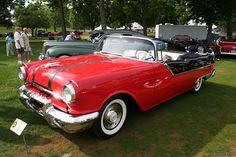 1955 Pontiac Star Chief Convertible. Pontiac Star Chief, Vintage Cars, Antique Cars, Pontiac Cars, Gm Car, Learning To Drive, Cabriolet, Super Cars, Train Car