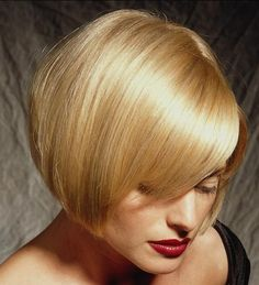 Haircuts for short straight blonde hair Short Hair Lengths, Short Hair With Layers, Short Hair Cuts, Short Hair Styles, Bob Haircut Back View, Short Straight Haircut, Popular Short Hairstyles, Short Bob Hairstyles, Bob Haircuts