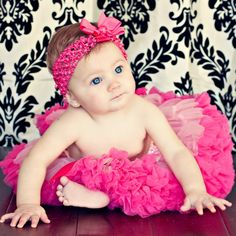 CHARMING OUTFITS FOR A GORGEOUS LITTLE GIRLhttp://bebefashion.com/charming-outfits-for-a-gorgeous-little-girl/