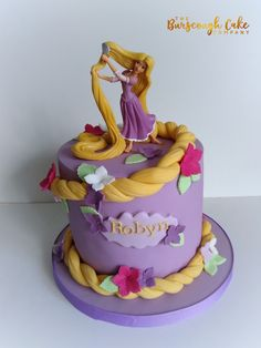Rapunzel Tangled cake Rapunzel Tangled cake You can find Rapunzel and more on our website. Rapunzel Torte, Bolo Rapunzel, Rapunzel Birthday Cake, Tangled Birthday Party, 4th Birthday Cakes, Rapunzel Cake Ideas, Castle Birthday Cakes, Disney Cakes, Disney Princess Birthday Cakes