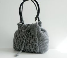 amazing...wondering if I could do this in another way than knitting?