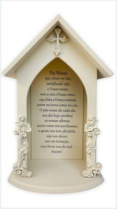 Oratório em MDF e aplique em resina com  oração do Pai Nosso.