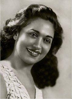 Banoo Marziyeh, Iranian Singer