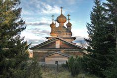 Деревянная церковь в селе Вирма, Карелия