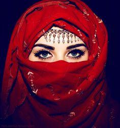 effectivement les femmes arabes utilisent le rhassoul pour leurs soins de beauté