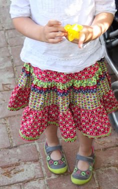 freudenkind: Freutag - ein Kräuselaufsatz, zwei Frühlingsröcke ...