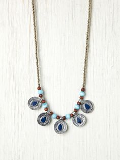 Color Center Coin Necklace  http://www.freepeople.com/whats-new/color-center-coin-necklace/
