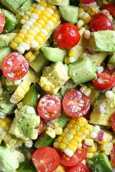 Dieser Mais-Tomaten-Avocado-Salat ist Sommer in einer Schüssel! Die perfekte Beilage mit This Corn Tomato Avocado Salad is summer in a bowl! The perfect side dish with a. Dieser Mais-Tomaten-Avocado-Salat ist Sommer in einer Schüssel! Avocado Tomato Salad, Avocado Toast, Cucumber Salad, Avacodo Salad, Egg Salad, Quinoa Salad, Food Salad, Quinoa Rice, Cabbage Salad