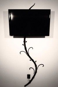Hide tv and digital picture frame cords without cutting holes in your wall with my creation the Tv-Tree. wall decals to distract Hide Tv Cords, Hide Cables, Hiding Tv Cords On Wall, Hide Wires From Tv, Hiding Wires Mounted Tv, Cacher Cable Tv, Foyer Mural, Tv Escondida, Deco Tv