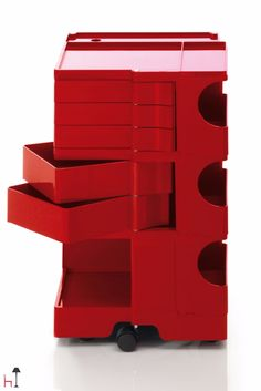 """Part of permanent collection of the Museum of Modern Art in New York and """"Triennale"""" in Milan, Boby is a trolley storage unit which has made its mark on history!"""